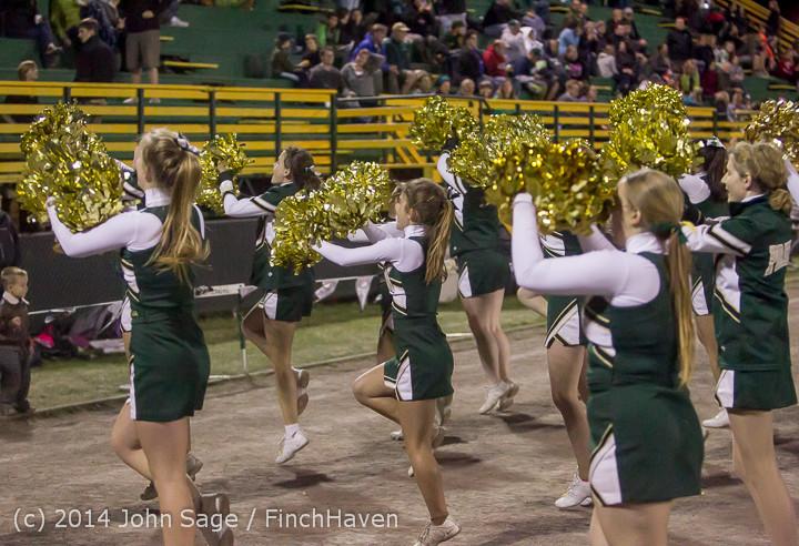 6365 Cheer-Crowd-Band at Football v Port-Angeles 091214