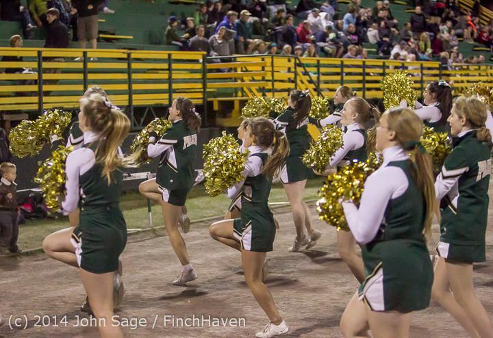6366 Cheer-Crowd-Band at Football v Port-Angeles 091214