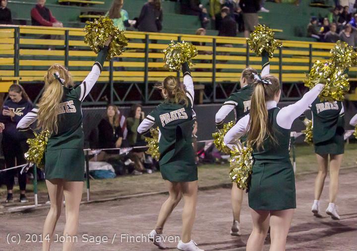 6378 Cheer-Crowd-Band at Football v Port-Angeles 091214