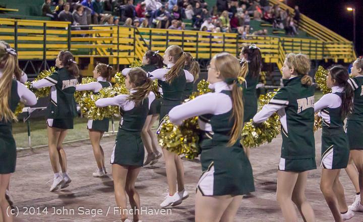 6385 Cheer-Crowd-Band at Football v Port-Angeles 091214