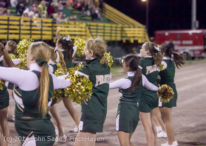 6386 Cheer-Crowd-Band at Football v Port-Angeles 091214
