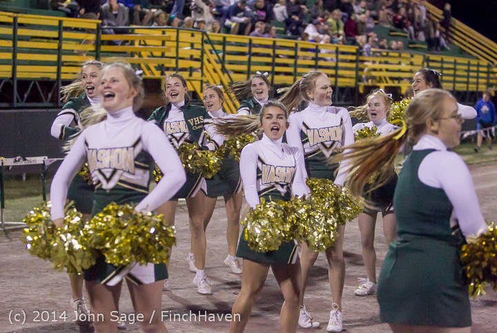 6413 Cheer-Crowd-Band at Football v Port-Angeles 091214