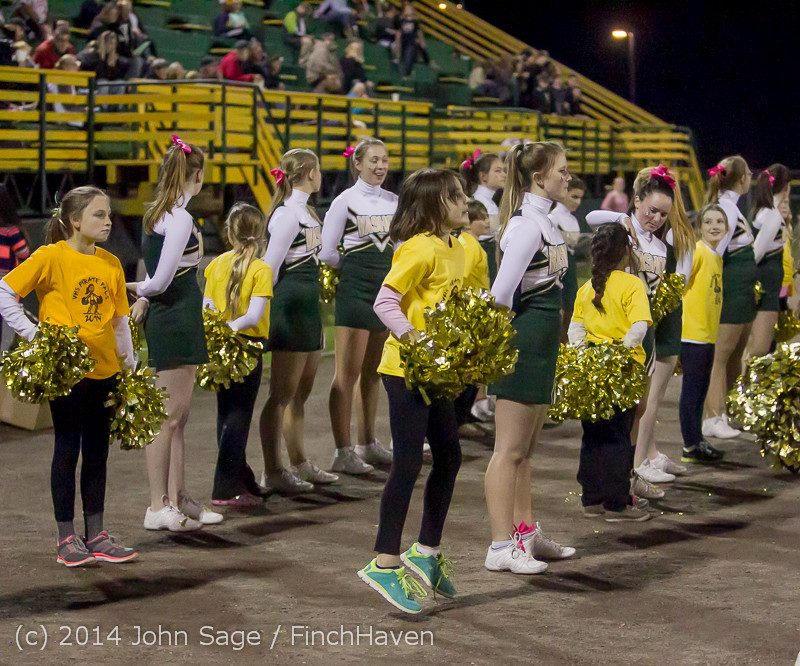 1137_Fall_Cheer_and_Pirate_Pals_at_Football_v_CWA_101014
