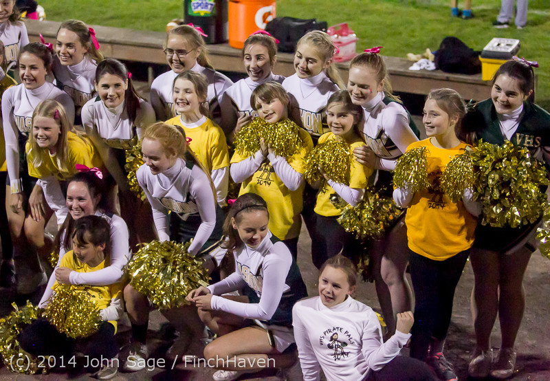 1643 Fall Cheer and Pirate Pals at Football v CWA 101014