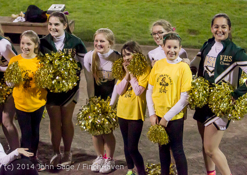 1652 Fall Cheer and Pirate Pals at Football v CWA 101014