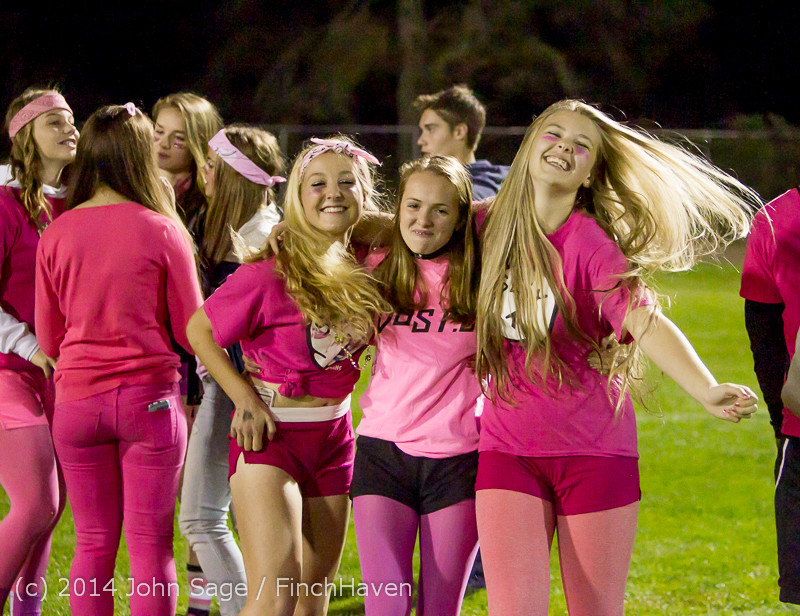 2827_Pink-Out_at_Football_v_CWA_101014