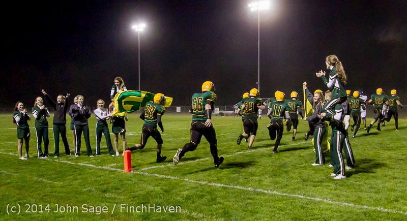7478_Cheer-Band-Crowd_Football_v_Chimacum_103114