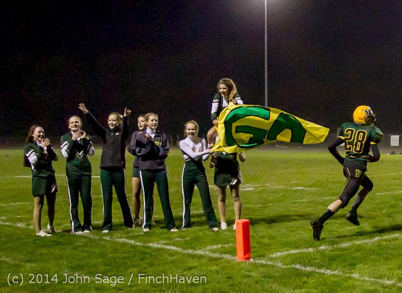 7480 Cheer-Band-Crowd Football v Chimacum 103114