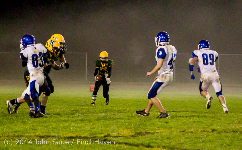 8586 Football v Chimacum 103114