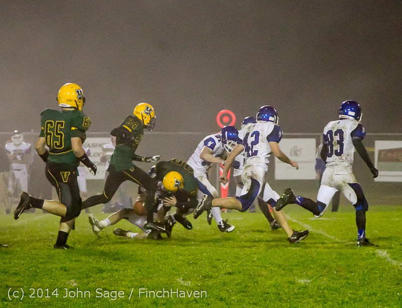 8748 Football v Chimacum 103114