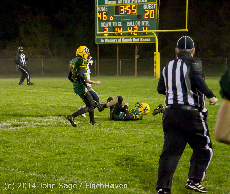 8843 Football v Chimacum 103114