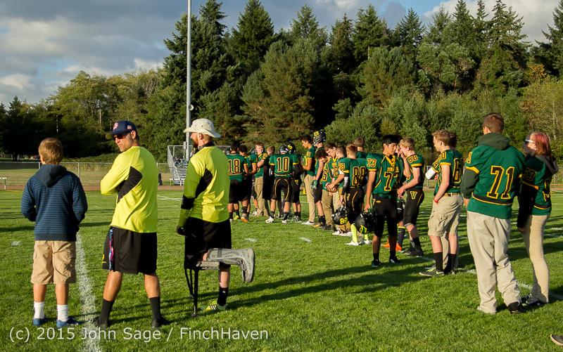 15882 Football v Forks 090415