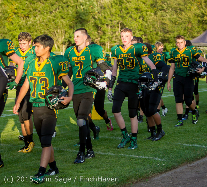 15902 Football v Forks 090415