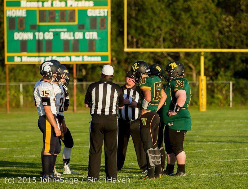 15959 Football v Forks 090415