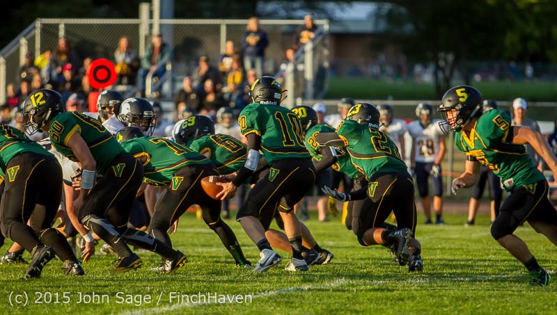 16024 Football v Forks 090415