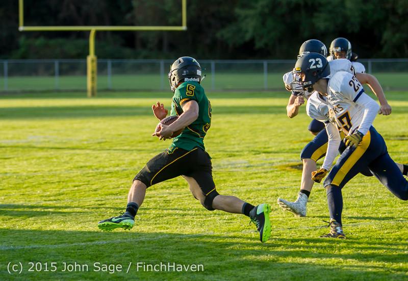 16107 Football v Forks 090415