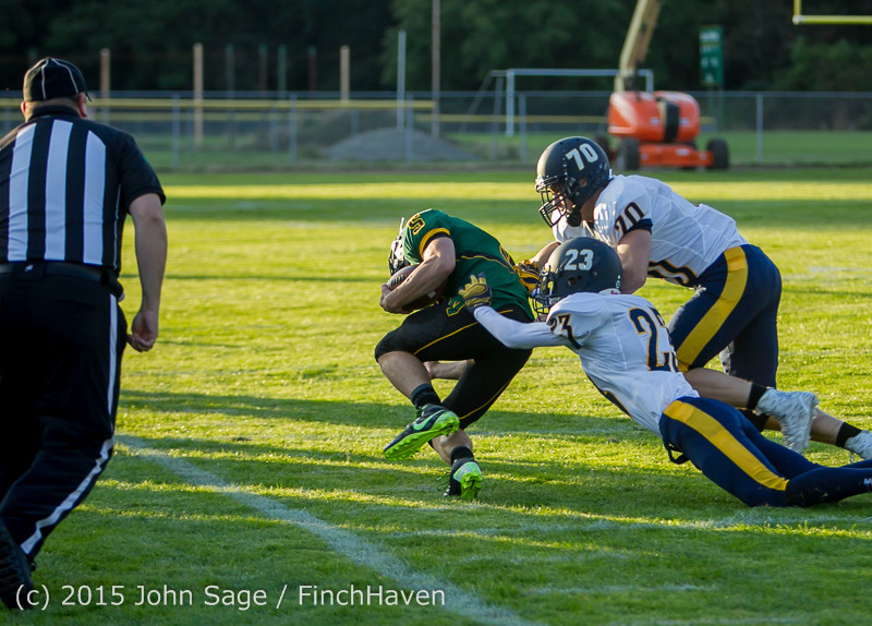 16111 Football v Forks 090415