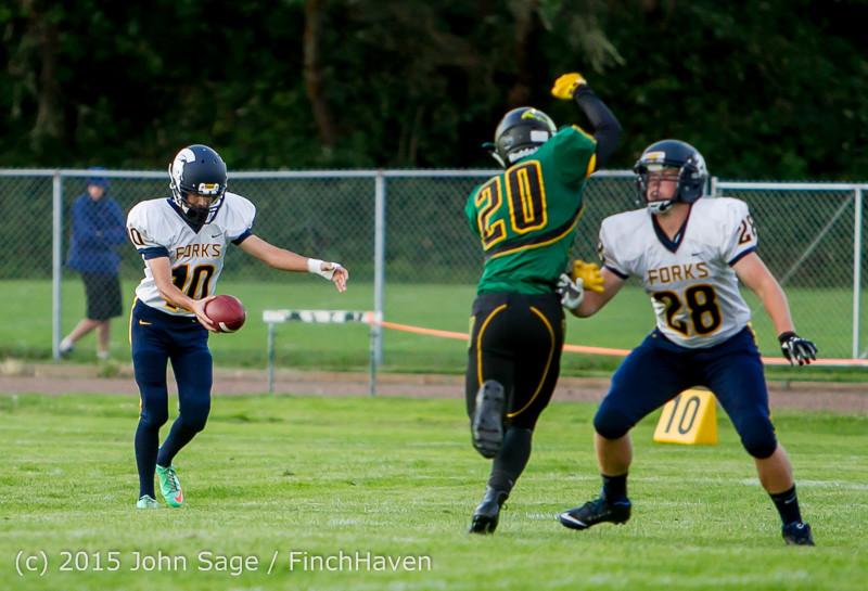 16681 Football v Forks 090415