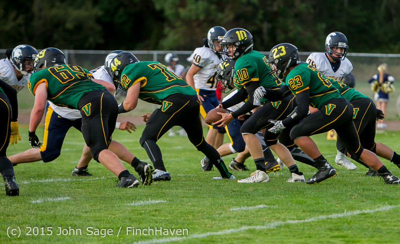 16753 Football v Forks 090415