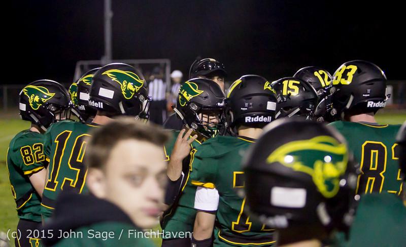 18224 Football v Forks 090415