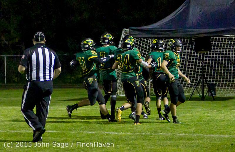 18675 Football v Forks 090415