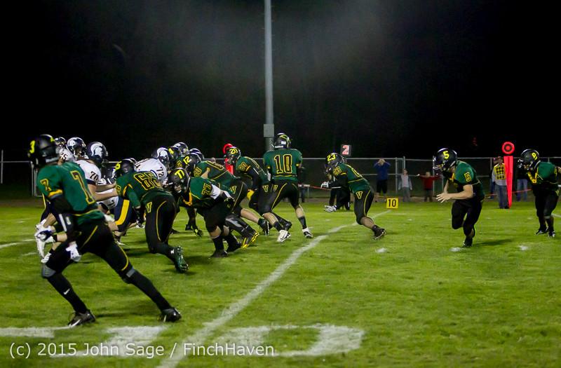 20090 Football v Forks 090415