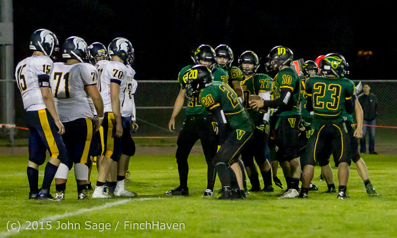 20415 Football v Forks 090415