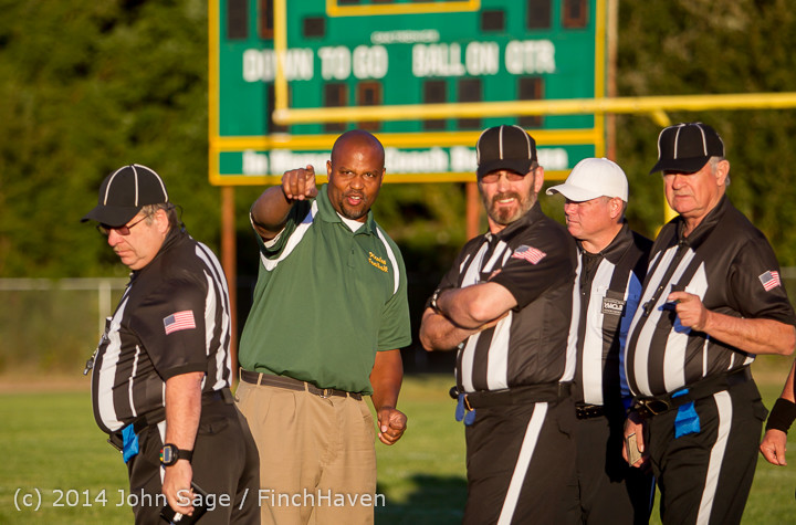 3547_Football_v_Port-Angeles_091214