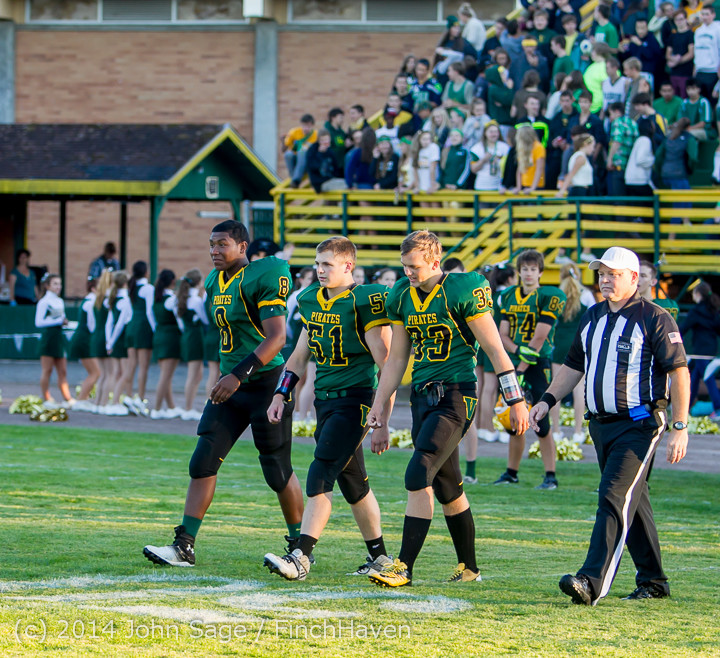 3644_Football_v_Port-Angeles_091214