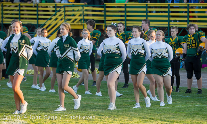 3736 Cheer-Crowd-Band Football v Port-Angeles 091214