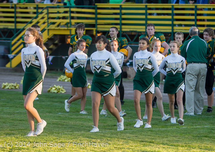 3756 Cheer-Crowd-Band Football v Port-Angeles 091214