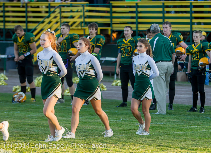 3770 Cheer-Crowd-Band Football v Port-Angeles 091214