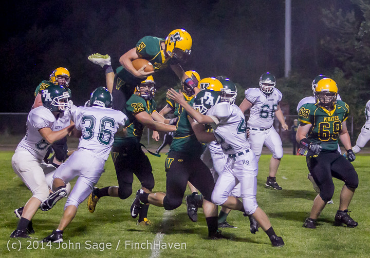 6114_Football_v_Port-Angeles_091214