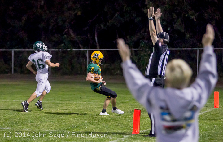 6284_Football_v_Port-Angeles_091214