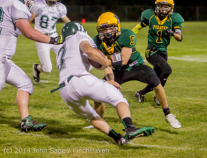 6813_Football_v_Port-Angeles_091214