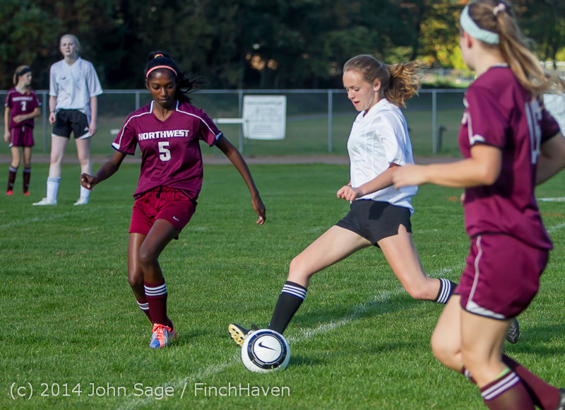 4786 Girls JV Soccer v NW-School 100814