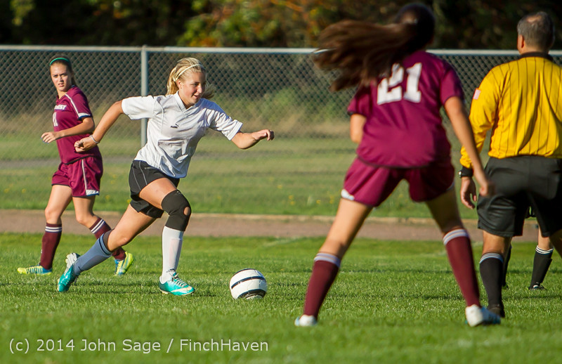 6504_Girls_JV_Soccer_v_NW-School_100814