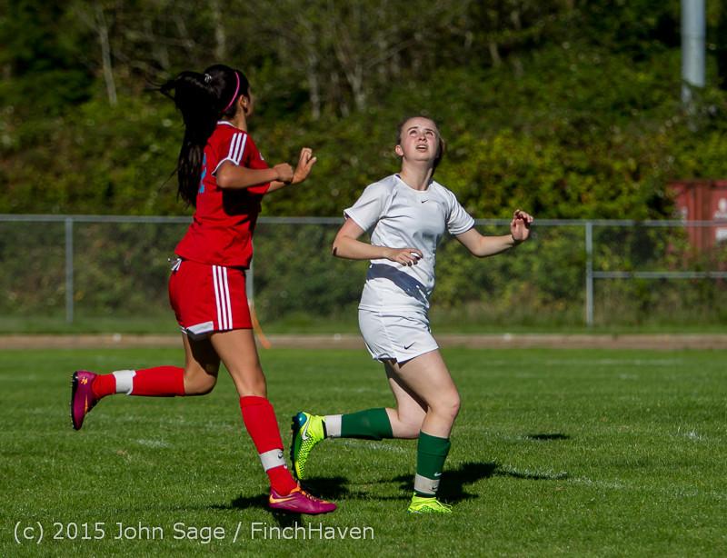 1258 Girls Soccer v Chief-Sealth 090915