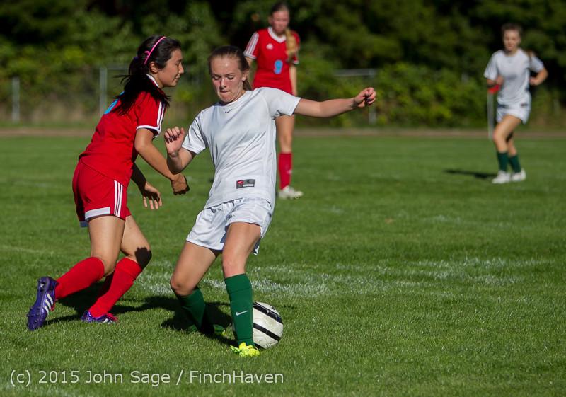 1374 Girls Soccer v Chief-Sealth 090915