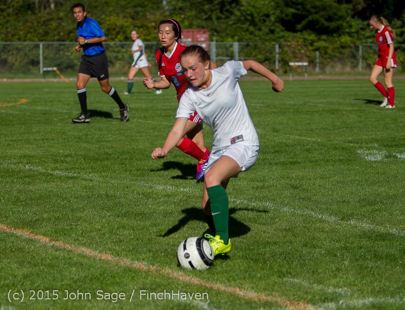 1382 Girls Soccer v Chief-Sealth 090915