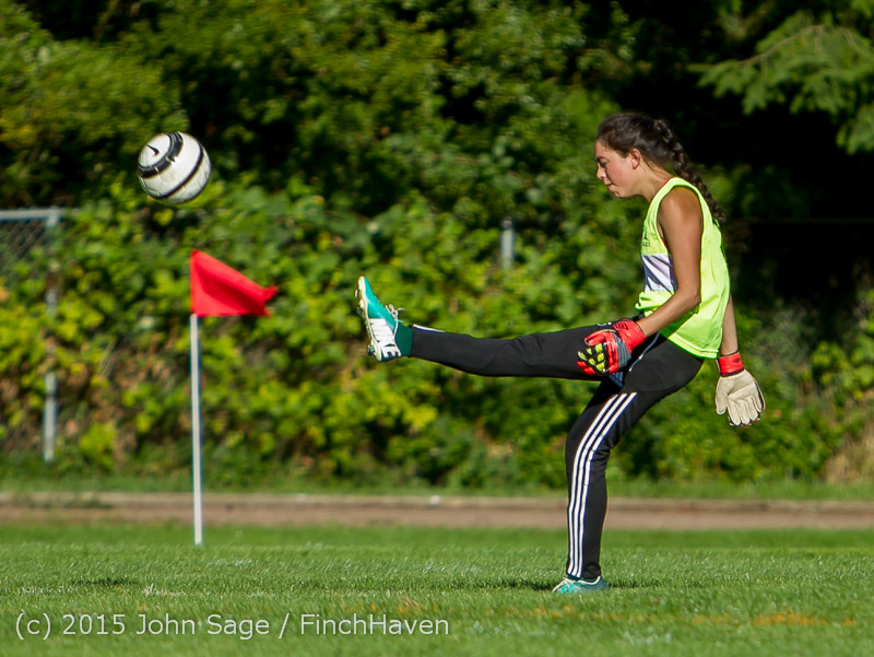 1415_Girls_Soccer_v_Chief-Sealth_090915