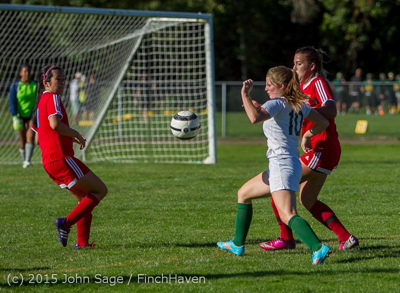 1493 Girls Soccer v Chief-Sealth 090915