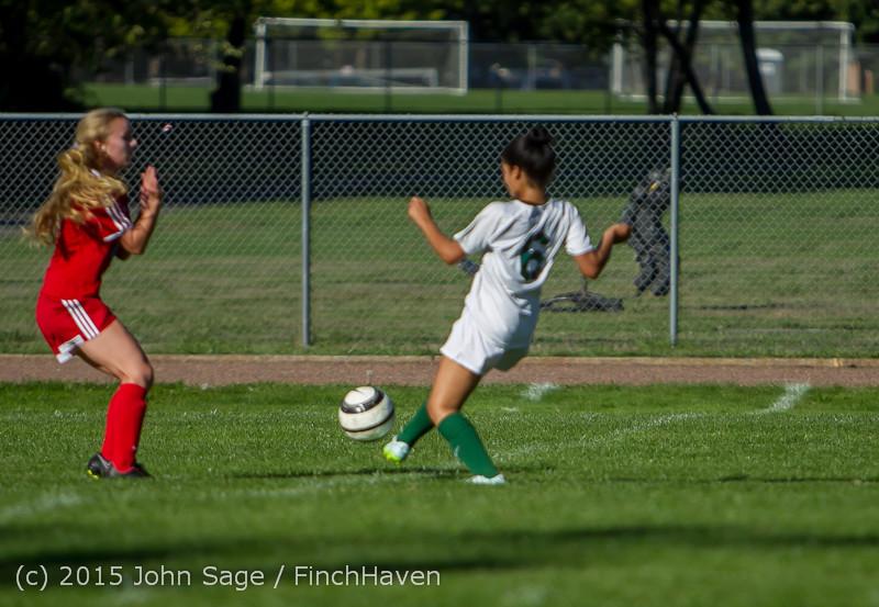 1509 Girls Soccer v Chief-Sealth 090915