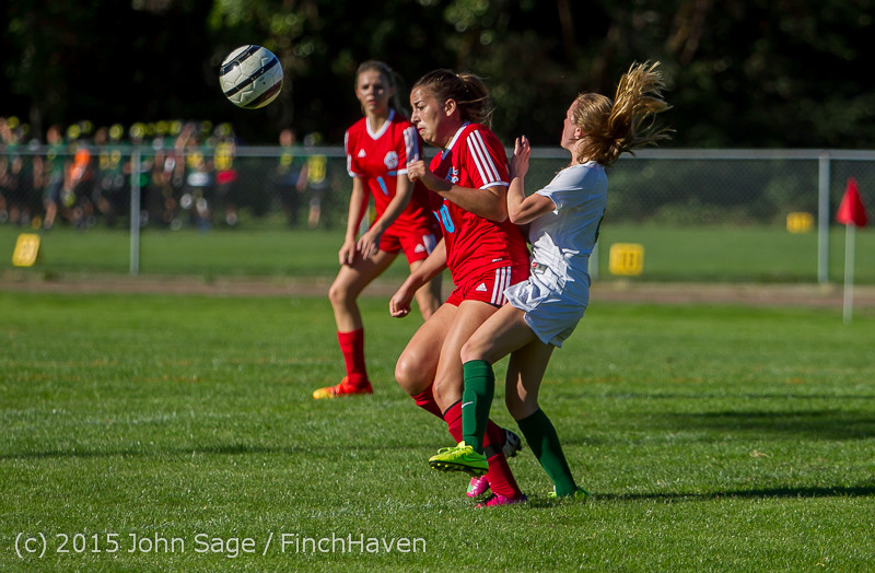 1538 Girls Soccer v Chief-Sealth 090915