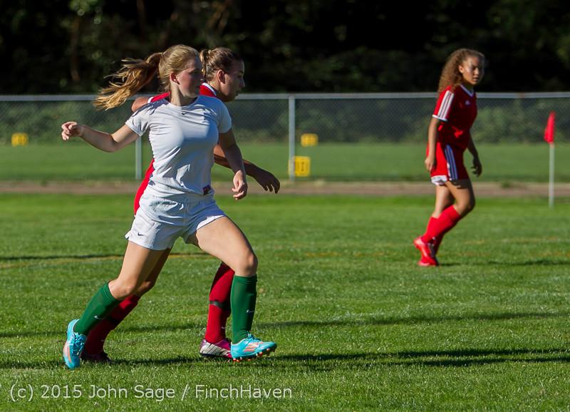 1552 Girls Soccer v Chief-Sealth 090915