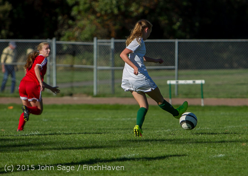 1554 Girls Soccer v Chief-Sealth 090915