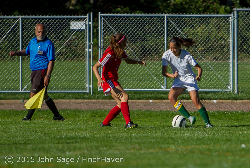1571 Girls Soccer v Chief-Sealth 090915