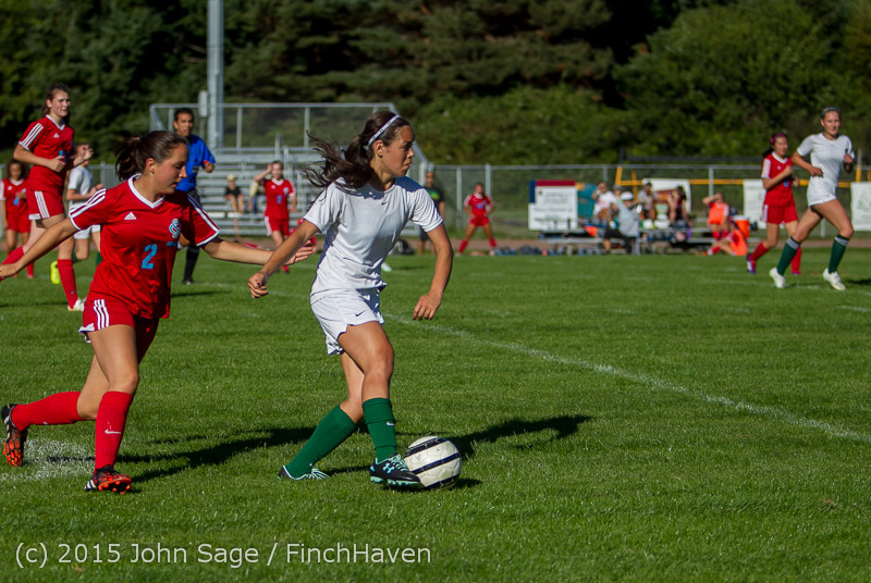 1583 Girls Soccer v Chief-Sealth 090915