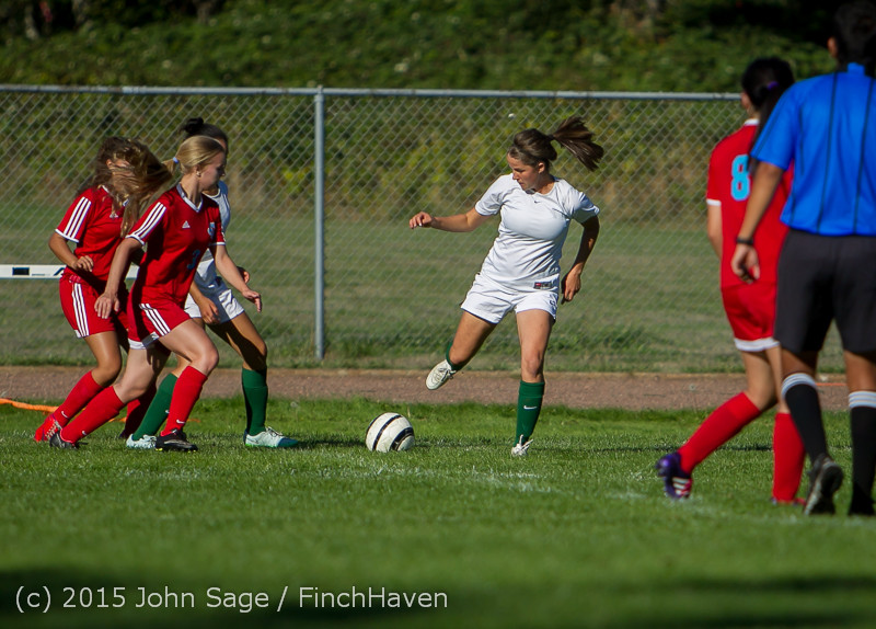1648 Girls Soccer v Chief-Sealth 090915