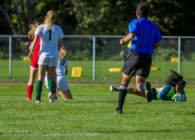 1940 Girls Soccer v Chief-Sealth 090915
